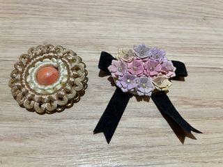 早期胸針飾品 花朵胸針 早期胸針 花朵造型胸針 胸針 別針 (兩個合售一標價)