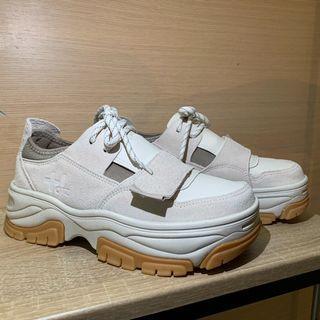 【二手近全新】美國加州 OTZ SHOES 有機軟木塞厚底鞋/老爹鞋 增高6公分