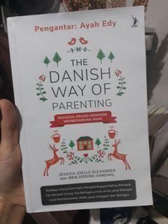 Bundling buku the danish way of parenting & jatuh hati pada montessori