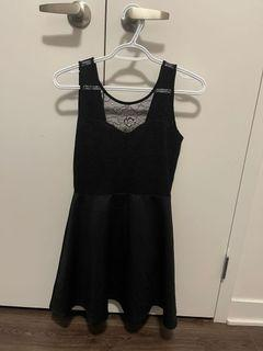 H & M lace dress