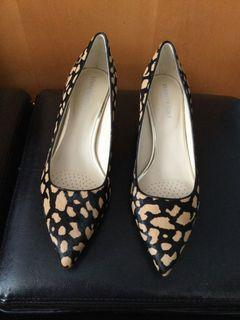 Kenneth Cole New York Riley 50 Pump Size:9 MED