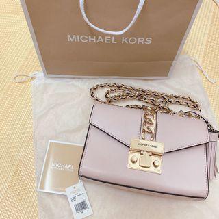 MK 近全新 一包難求 粉色 鏈包