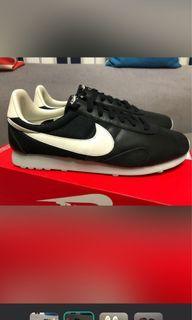 Nike黑色阿甘鞋/全新未穿/割愛/耐吉/慢跑鞋/球鞋