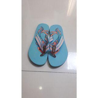 Sandal sakroots