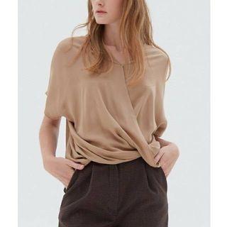 BNWT Shopatvelvet - blouse Top Beige