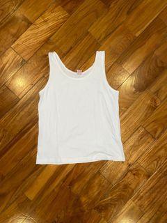 white sando / tank top