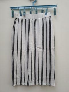 線條鉛筆裙~9.9成新