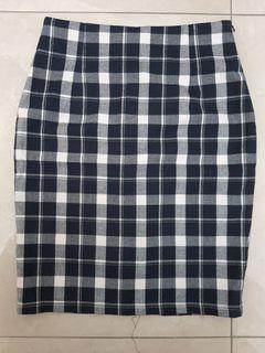 黑色格紋窄裙~拉鏈款