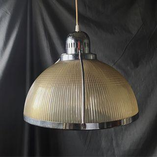 {{ 老叢 }} 💡早期工業風格塑料金屬吊燈 #防疫
