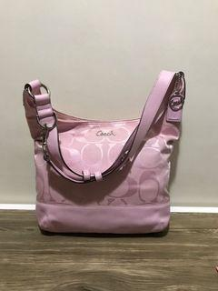 🍃AUTHENTIC Baby Pink Coach Body/Sling Bag