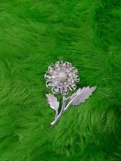 Bros  bunga silver