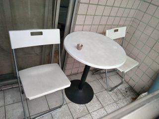 Ikea桌椅