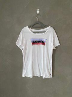 Levis 白上衣 美國國旗 限定版 上衣 logo t恤 牛仔褲