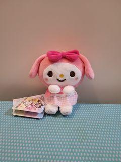Sanrio My Melody &you 粉紅色格仔裙 心心 煲呔 蝴蝶結 毛公仔吊飾