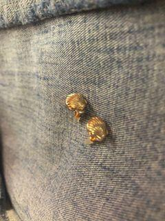 Small Clamshell Earrings