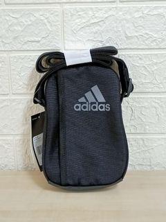 100% New Adidas 3-STRIPES Performance Organizer Bag 三間 斜孭袋 便攜袋