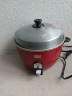 萬國牌3人份電鍋 electric pot for 3 persons