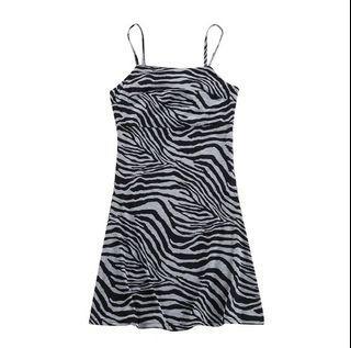 全新ㄉ斑馬紋連身短洋 包臀裙