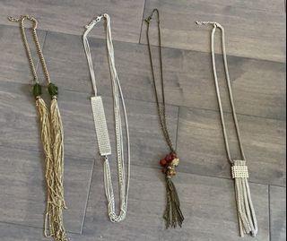 Fashionable women's necklaces