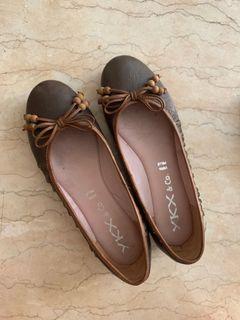 Flats flat shoes kulit