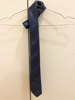 GOLDEN BERG 深藍斜紋領帶