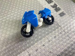 Kinder Bueno Toy bike