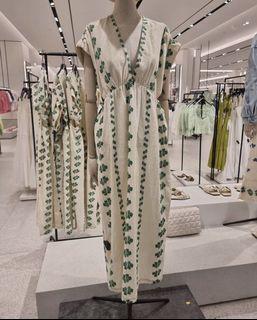 New !! ZARA Cut Out Embroidery Dress