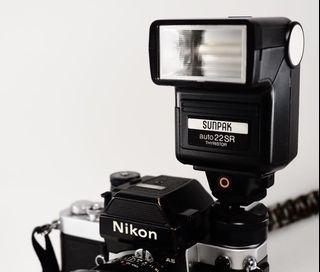 Nikon AS-1 F&F2專用閃燈座 + Sunpak auto22SR 閃光燈