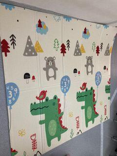 Playmat foldable 2 m x 1.8 m