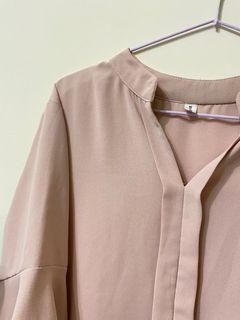 The ladywore v領雪紡五分袖荷葉邊襯衫