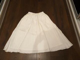 全新巧帛白色長裙