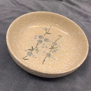 潑墨國畫風藍花枝葉陶瓷圓盤