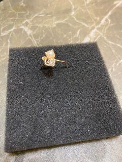 金色貓貓介指!貓頭喺一粒珠!貓身鑲咗石