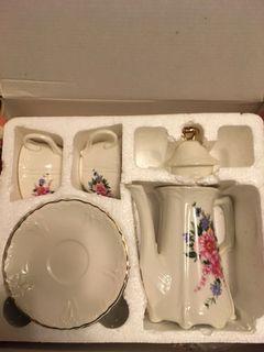 客訂 陶瓷杯盤組