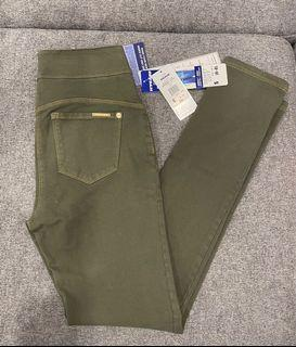 ARMY GREEN NYGARD JEGGINGS SIZE 6-8