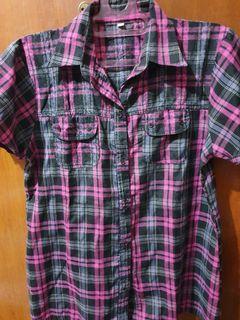 Baju kemeja kotak kotak hitam pink
