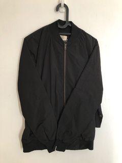 Bomber Jacket hitam bagus kayak baru