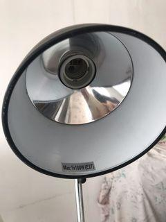 lampu sorot gustaf untuk sulam / obgyn