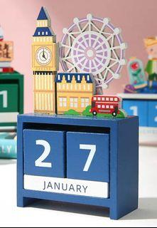 London- Cute Woody Desk Calendars c/w Presentable gift box 📅