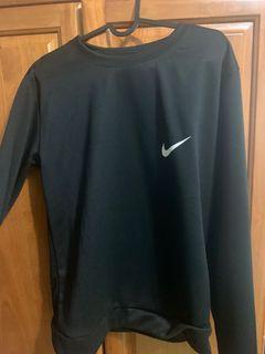 Nike 衣服 長袖