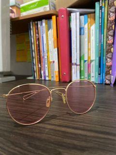 pinky sunglasses