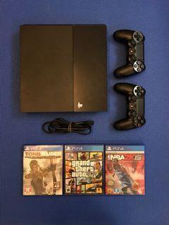 PS4 1107A主機+手把2支+遊戲3片