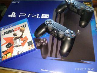 PS4 PRO主機 兩支手把 NBA2K18