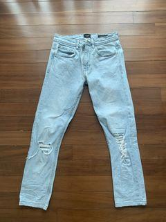 Skinny Jeans (Ripped)