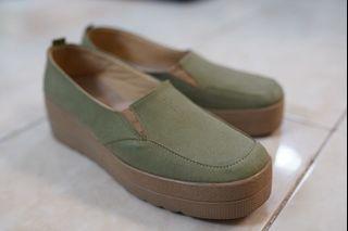 St moritz sepatu wedges