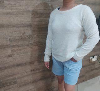 Sweater semi bulu