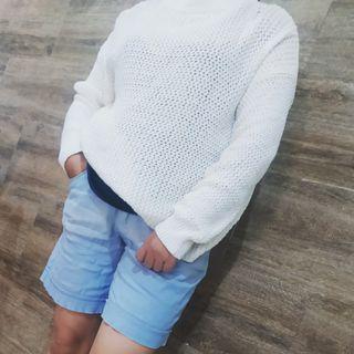 Sweater snowwhite