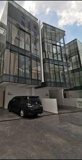 3.5 Storey Luxury Superlink House (Villa) for RENT at Empire Residence, Damansara Perdana