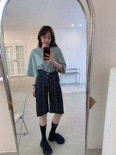 正韓/5K雪熙家/側高腰切V直紋五分褲