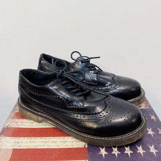拍照樣品 全新39號 雕花造型 小皮鞋 馬丁鞋 學生鞋